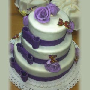 Свадебный фиолетовый с бабочками