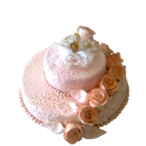 Торт розовый с розами